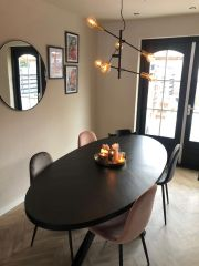 MD Interior Ceder eettafel ovaal 180 x 90 met spin-poot zwart