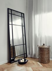 Nordal Denmark wandspiegel met stalen frame groot zwart
