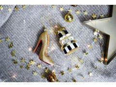 Vondels Kerstbal hoge hak met gouden glitters 10 cm